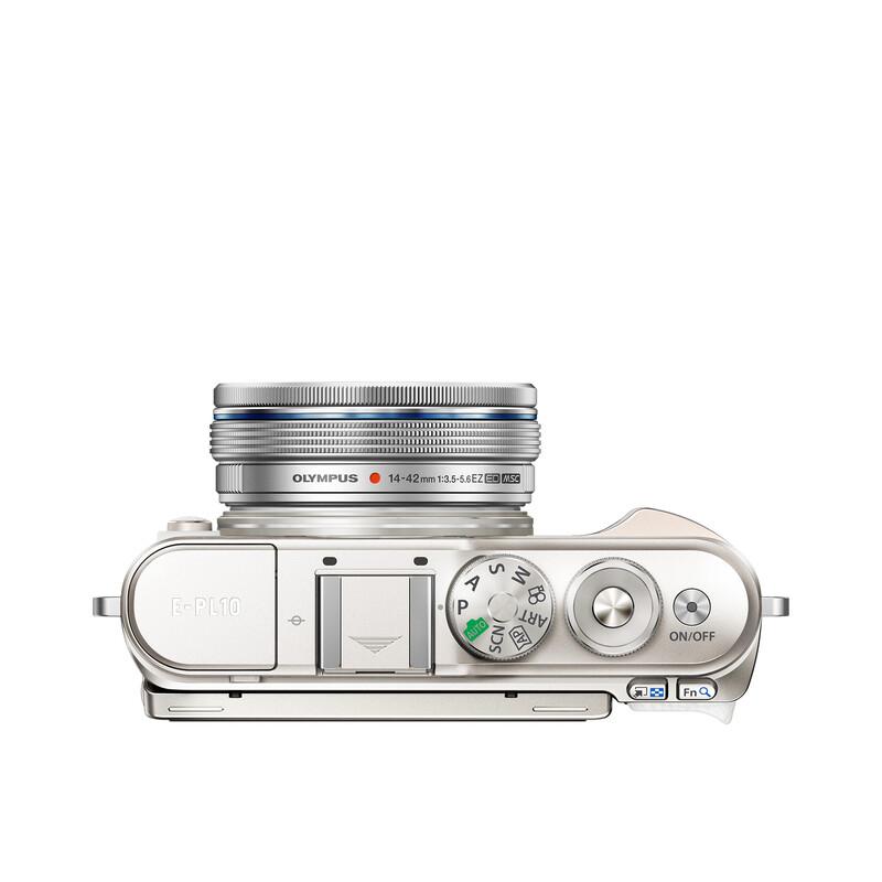 Oly E-PL10 + ED 14-42/3,5-5,6 EZ PA Weiß