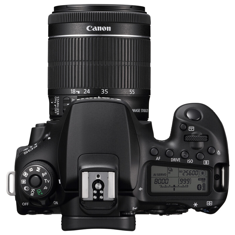 Canon EOS 90D + EF-S 18-55/3,5-5,6 IS STM