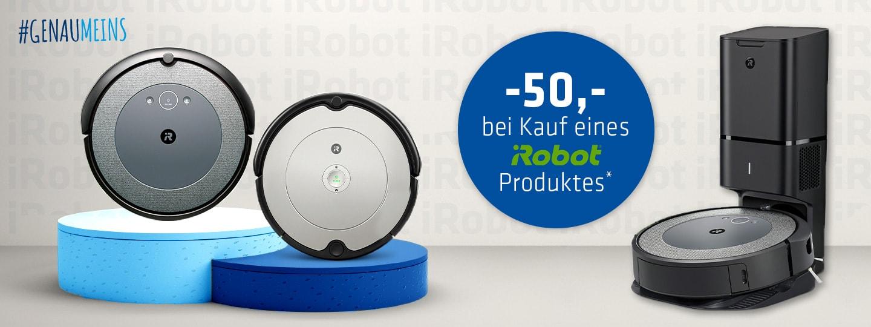 zwei iRobot Roomba Saugroboter auf Podest und ein Modell in Dockingstation mit 50,- Rabattinfo