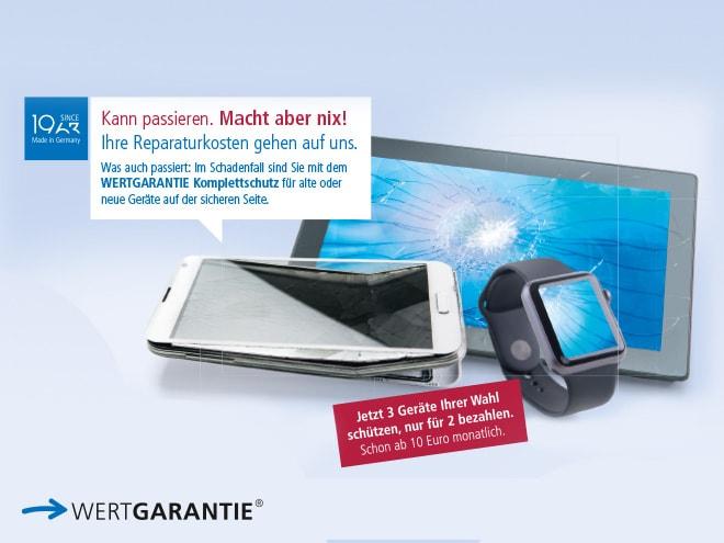 kaputtes Tablet, Smartphone und Smartwatch mit Info zu Wertgarantie-Komplettschutz