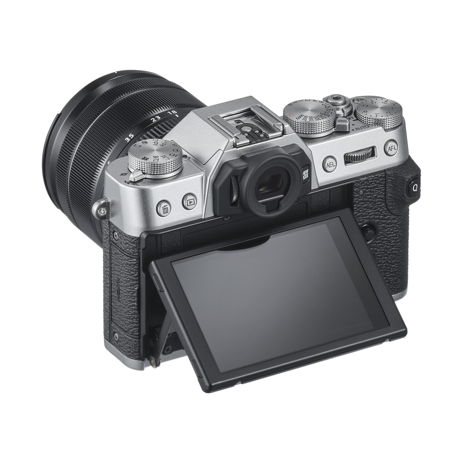 Fujifilm X-T30 + XF 18-55/2,8-4,0 R LM OIS Silber