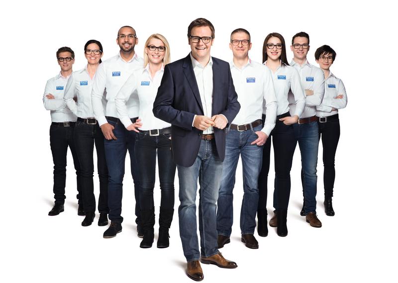 Robert Hartlauer mit Optiker