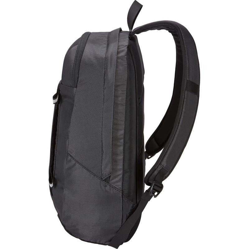 Thule Enroute 18L Backpack Black